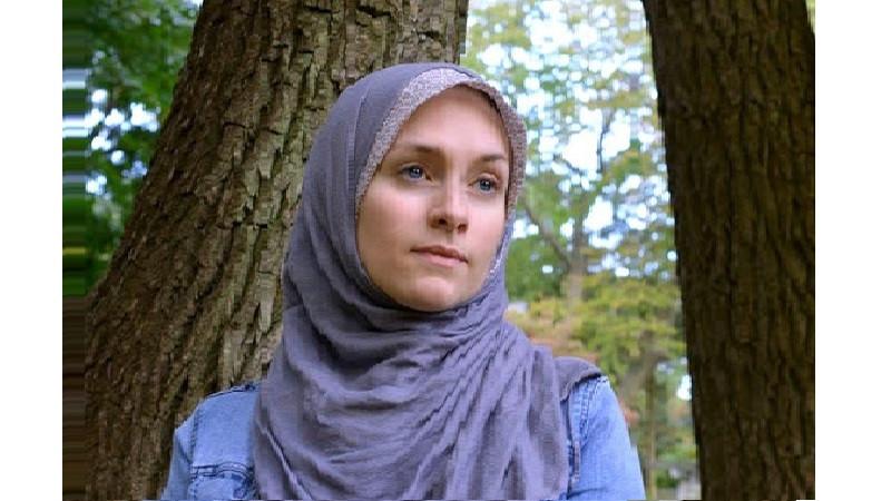 ভুল খুঁজতে গিয়ে ইসলাম গ্রহণ : ড্যানিয়েলে লোডুকা